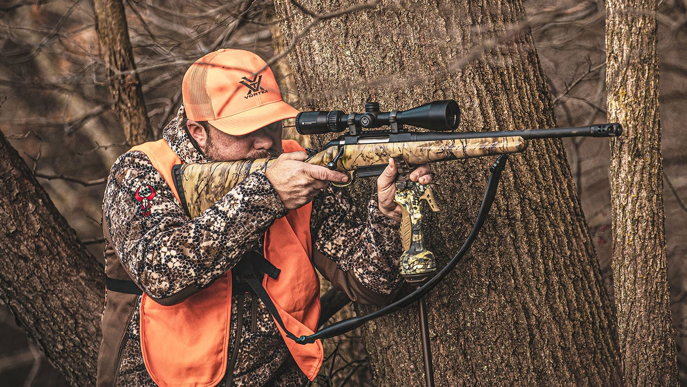 Mid-western hunting with the Crossfire II Straight-Wall riflescope.